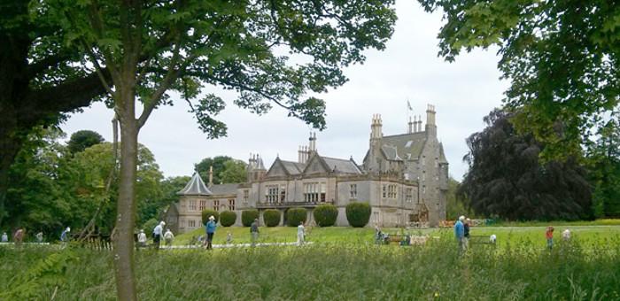 Lauriston Castle and Crochet Lawns